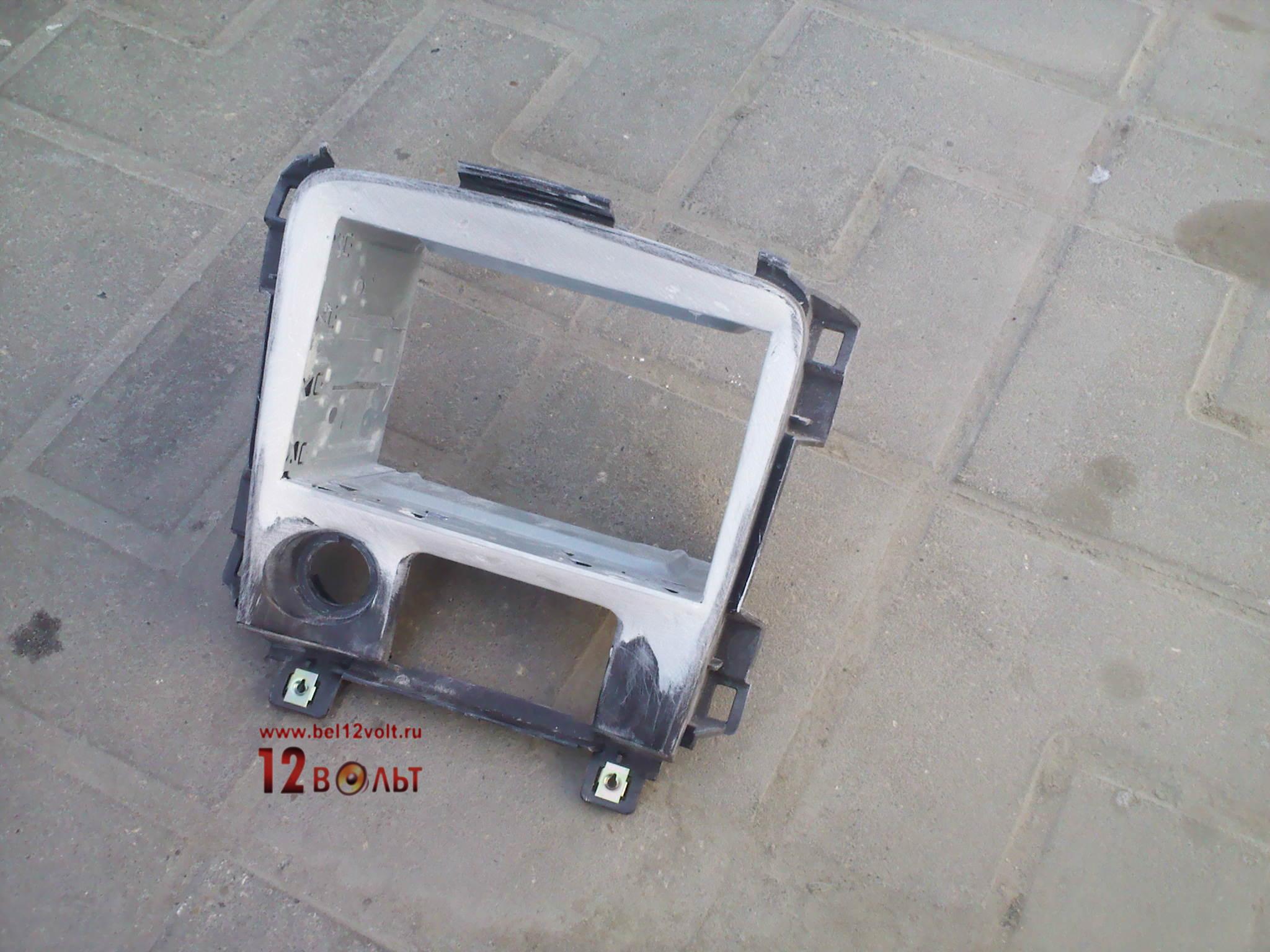 Установка рамки магнитолы своими руками 74